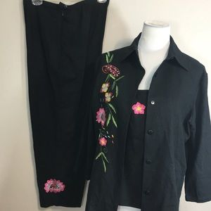 3 Pc Linen Blend Suit Capri Floral Embroidered
